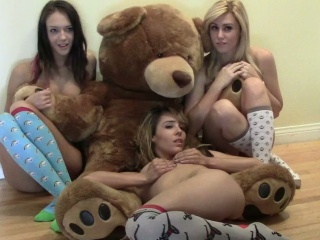 Sierra: Teddy Bear Love